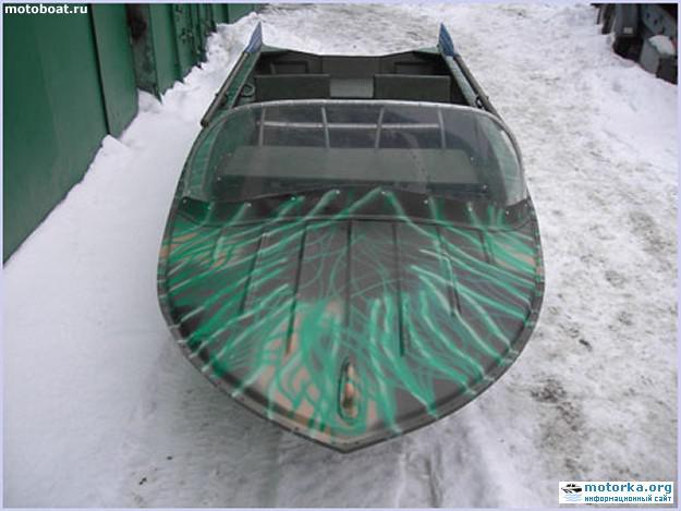 Фото лодки Янтарь