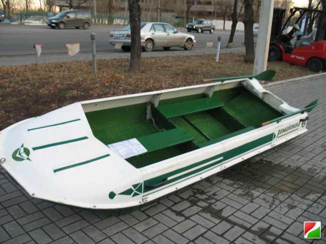 Моторная лодка Романтика 2